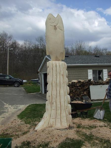 Bass tree carving Indiana